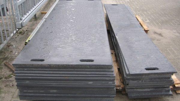 Rijplaten kunststof en staal